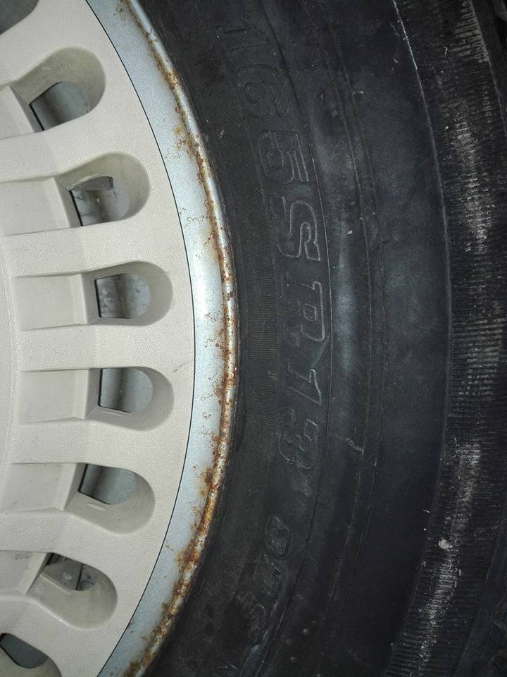 l'âge d'un pneu et les indices  29694711