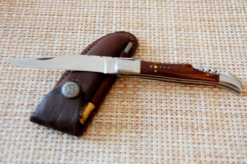 Couteaux : les votres ou ceux des autres Dsc_3411