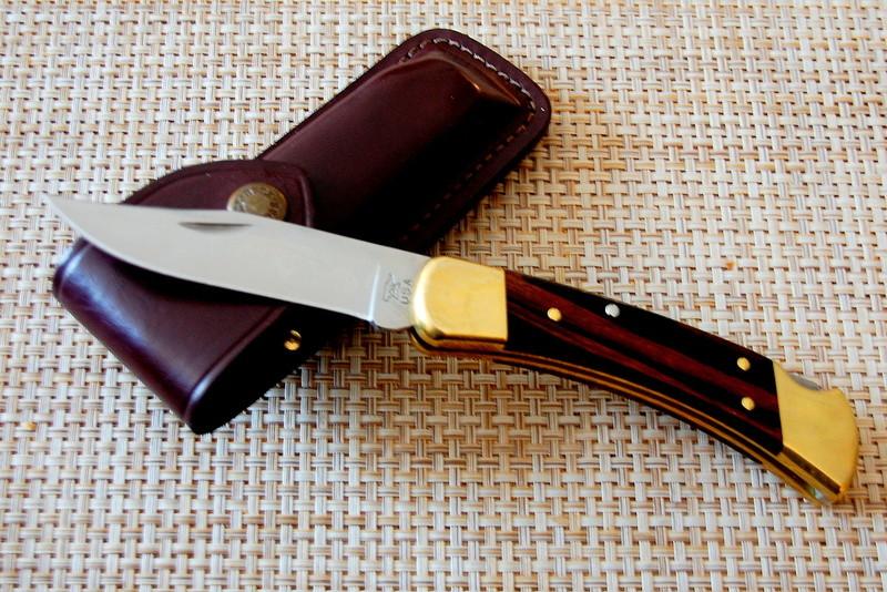 Couteaux : les votres ou ceux des autres Dsc_3512