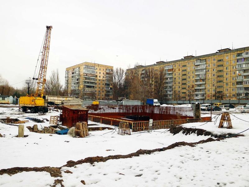 ЖК Башни Созидателя   2019 строится Dscn1826