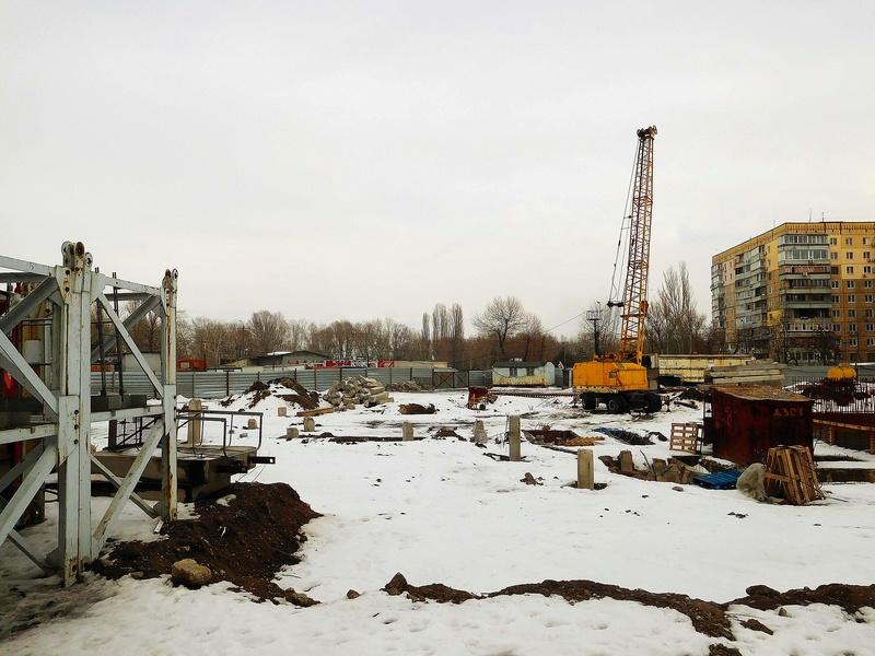 ЖК Башни Созидателя   2019 строится Dscn1827