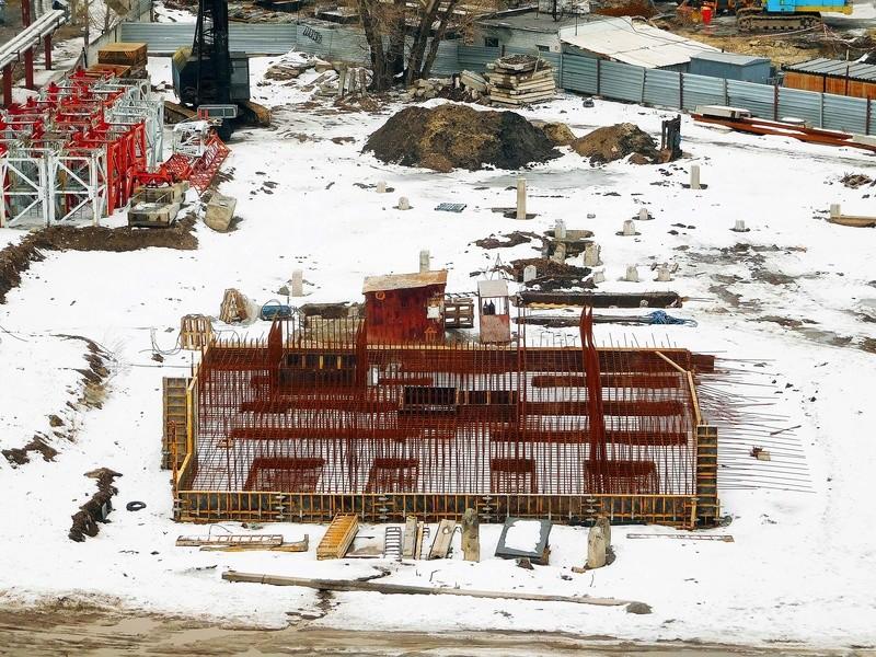 ЖК Башни Созидателя   2019 строится Dscn1828
