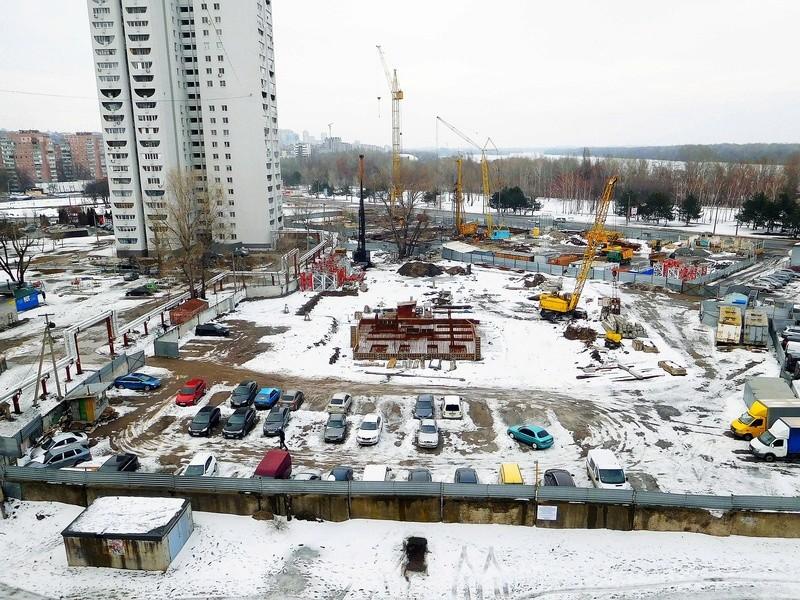 ЖК Башни Созидателя   2019 строится Dscn1913
