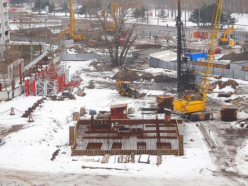 ЖК Башни Созидателя   2019 строится Dscn8411