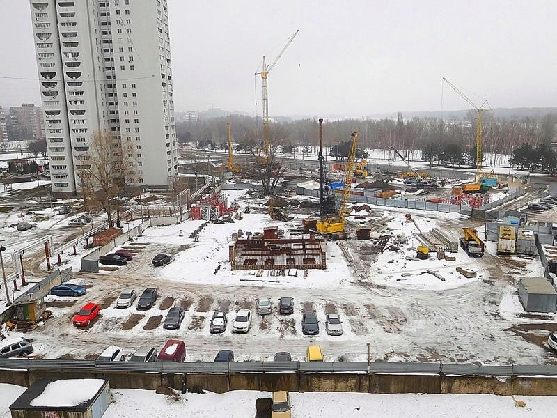 ЖК Башни Созидателя   2019 строится Dscn8416