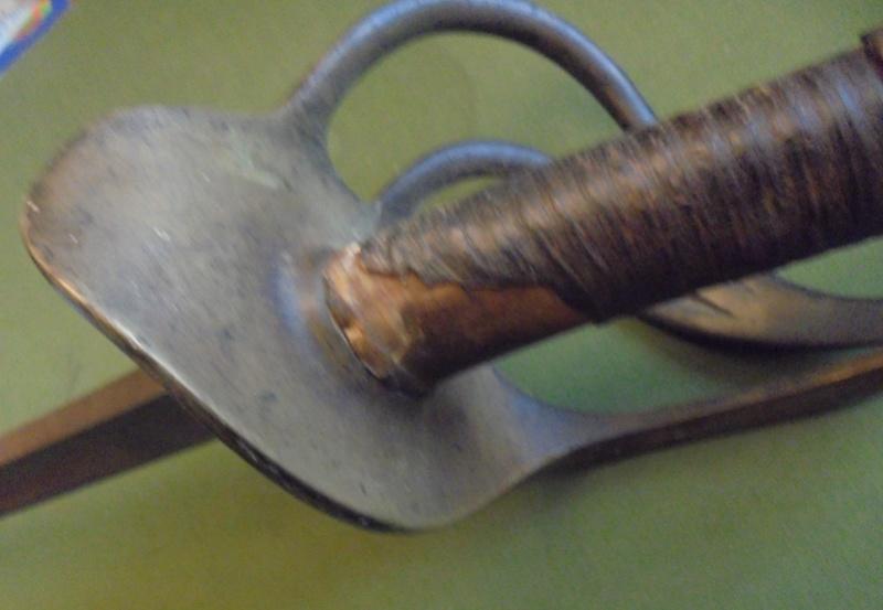 """Aide à l'identification d'un """"sabre"""" Dsc07425"""