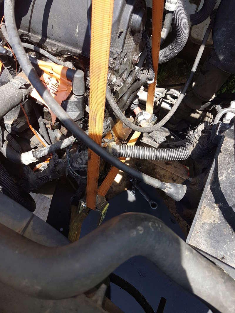 embrayage et étanchéité entre boite et moteur 2,5L essence 1995 20180516