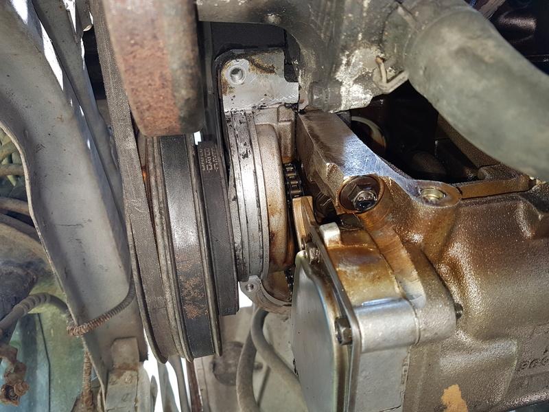 embrayage et étanchéité entre boite et moteur 2,5L essence 1995 20180518
