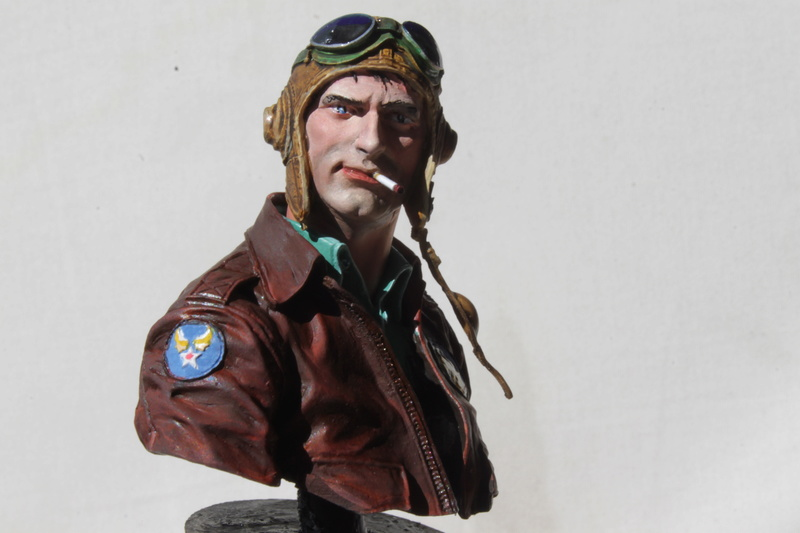 Pilote Flying Tigers Young Miniatures 1/10 Img_2824