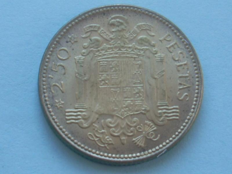 2,5 pesetas 1953*69 Rscn7911