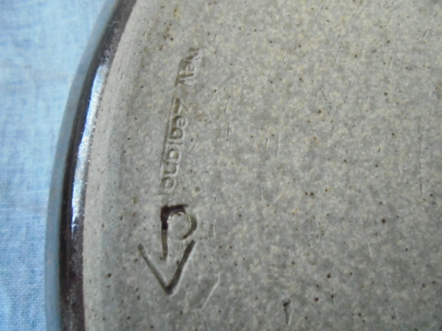Burnay Pottery stamp (Peter & Trudes Vendelbosch) for the Gallery Dsc01813