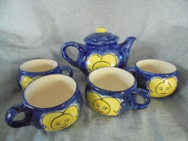 Jenny Gibson, tea set Dsc02212