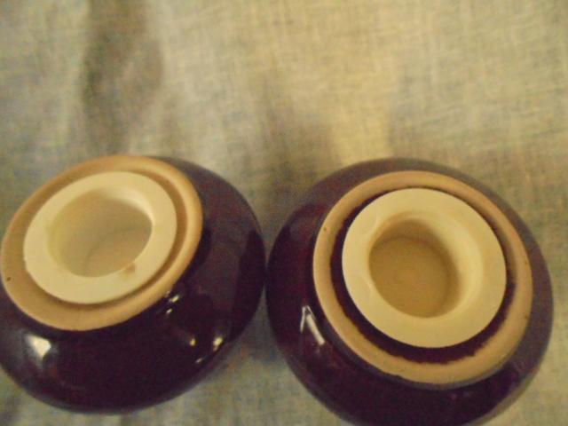 Temuka - Cobblestone Salt and pepper shaker Dsc02621
