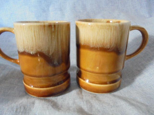 Spaghetti jar and Crown Lynn Dsc03433