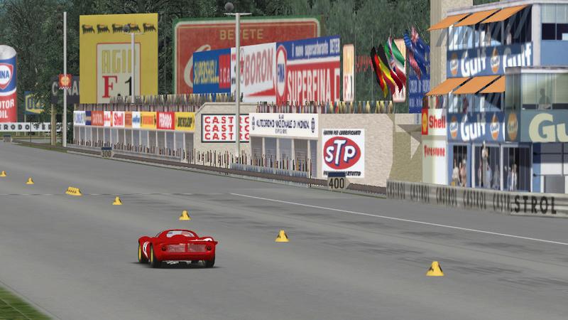Ferrari Dino 206 S and Monza 10.1 km Dino-m10