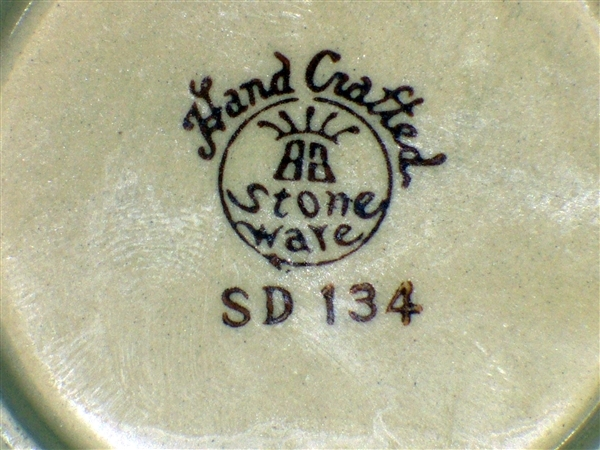 Need Help Indentifying Pottery Mark Please Sd134_10