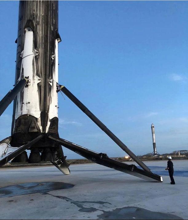 Falcon Heavy (Tesla roadster) - Tir de démonstration - 6.2.2018 - Page 4 Captur10