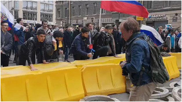 Пролет по всем фронтам: провокации сторонников Навального не увенчались успехом Image011