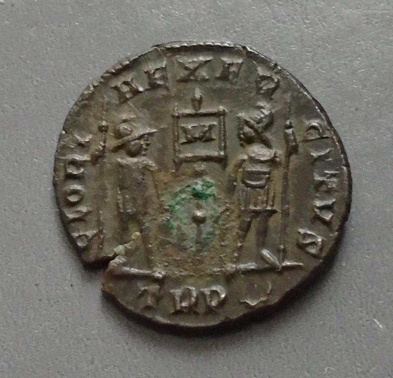 Petit bronze Constance II Consta19