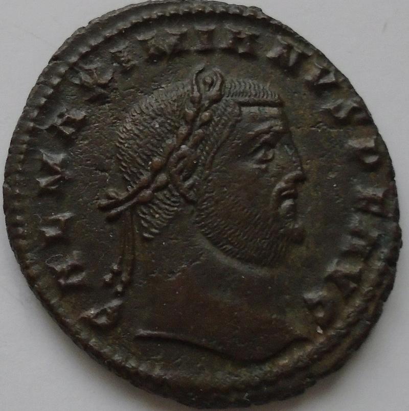 Follis Maximianus Galère (joli portrait) Maximi10