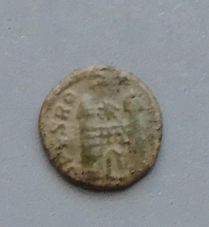 Identification nummus Flavius Victor? Nummus11