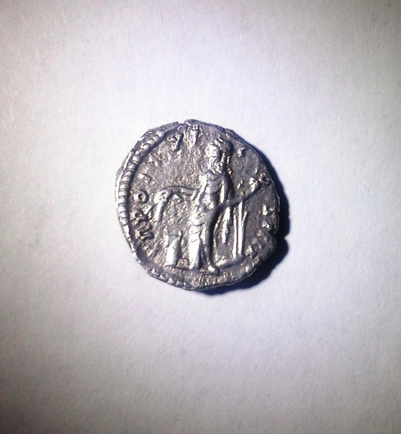Besoin d'aide authenticité denier Antonin le pieux S-l16017