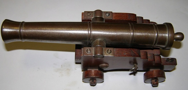Armas de Avancarga (reglamentación y más) P1010019