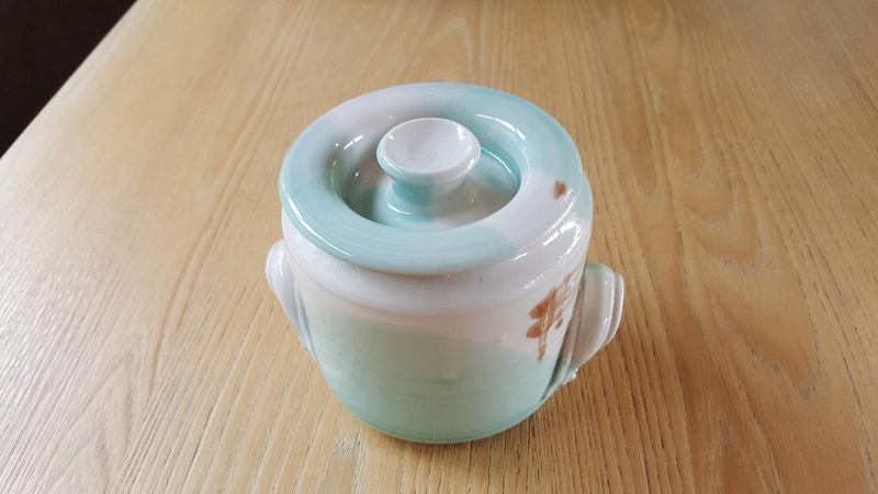 Is this a Seymour May piece by Mayfire Pottery? 27990213