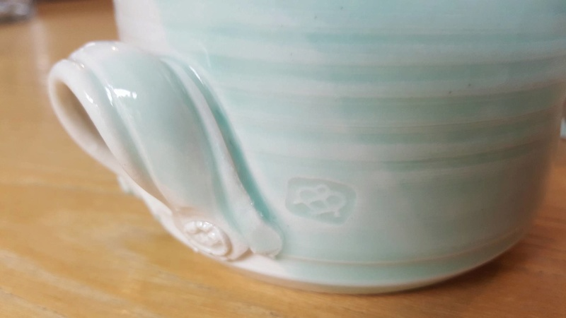 Is this a Seymour May piece by Mayfire Pottery? 27999913