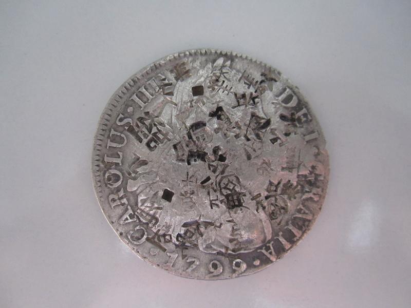 8 reales 1799. Carlos IV. Lima. Resellos chinos Img_7022