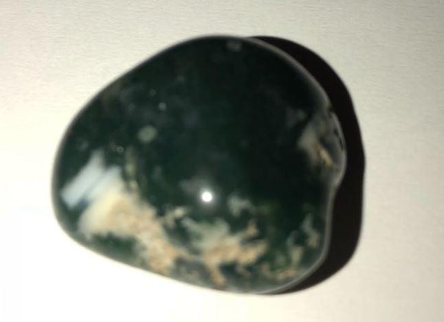 معرفة نوع هاذين الحجرين وهل هما حجارة كريمة  312