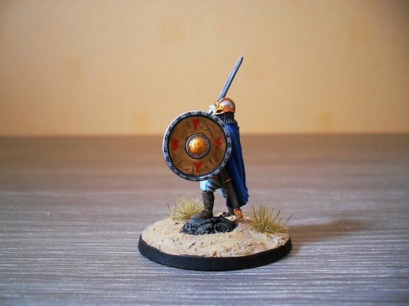 Chef de guerre Viking et guerriers fauves VV miniatures Sdc15111
