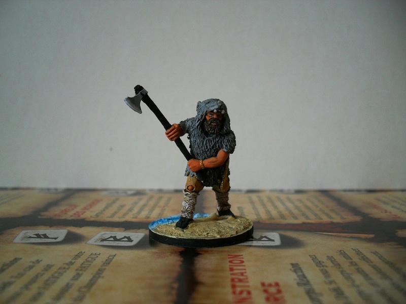 Chef de guerre Viking et guerriers fauves VV miniatures Sdc15213