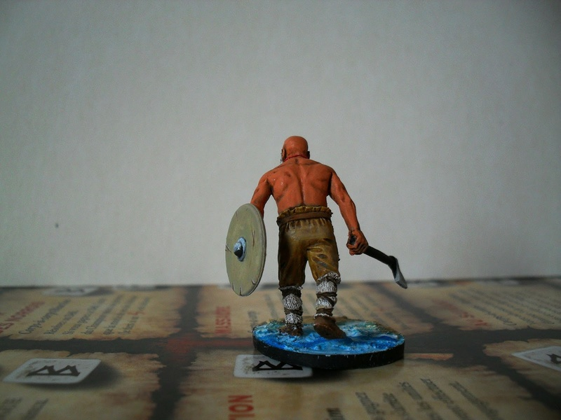 Chef de guerre Viking et guerriers fauves VV miniatures Sdc15216