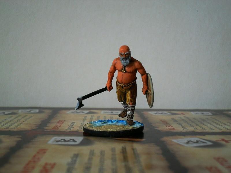 Chef de guerre Viking et guerriers fauves VV miniatures Sdc15217