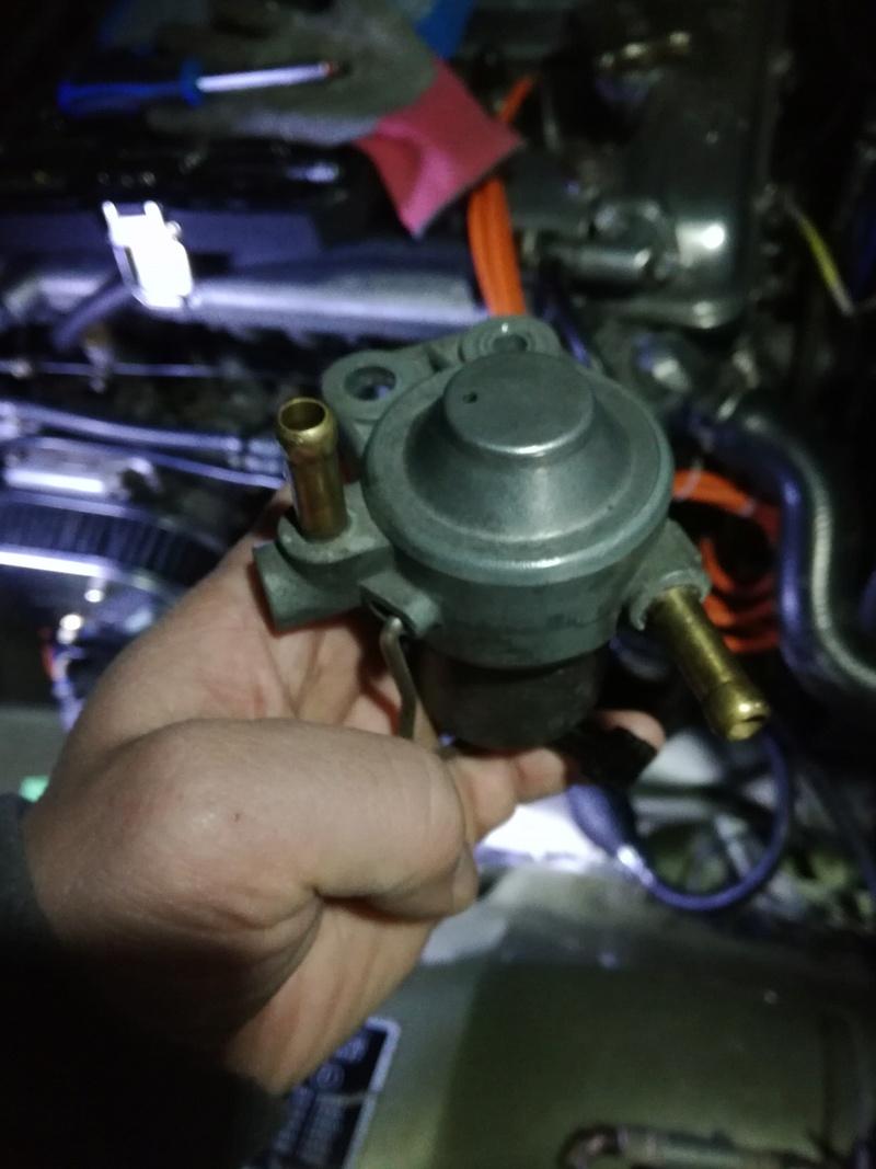 Alfetta GTV2000 ne tourne pas rond - Page 2 Img_2012