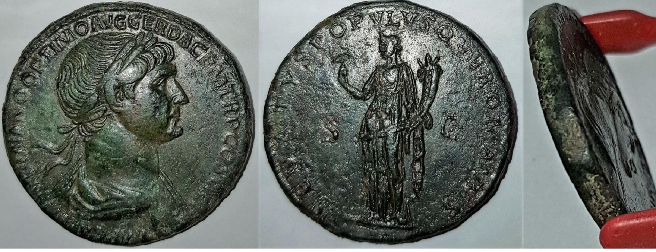 Sestercio de Trajano. SENATVS POPVLVSQVE ROMANVS. Felicidad en pié a izq. Roma Trajan12