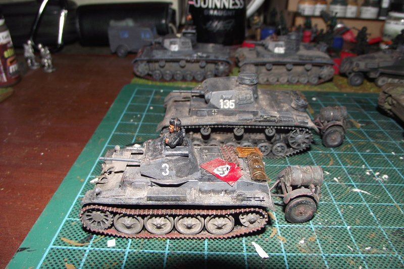 converting armourfast sdkfz 251/1 to a sdkfz 251/7 Dscf6720