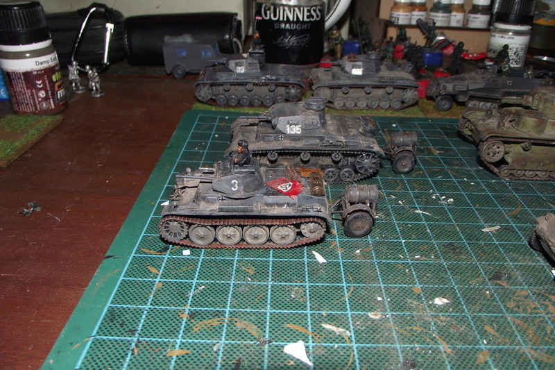 converting armourfast sdkfz 251/1 to a sdkfz 251/7 Dscf6721