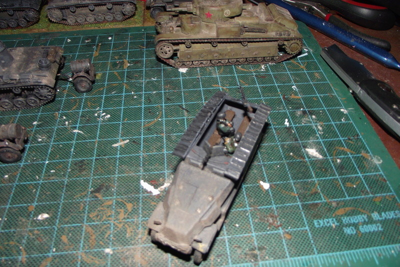 converting armourfast sdkfz 251/1 to a sdkfz 251/7 Dscf6722