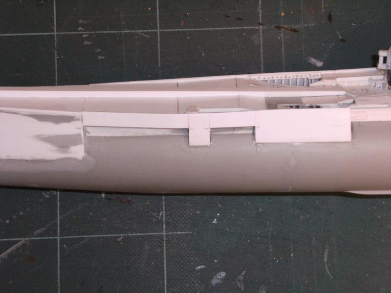 Sous-marin porte-avions japonais I-400 échelle 1/200° - Page 2 105_i-11