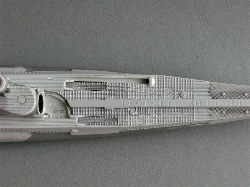 Sous-marin porte-avions japonais I-400 échelle 1/200° - Page 2 158_i-10