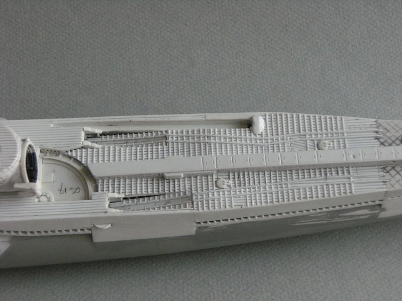 Sous-marin porte-avions japonais I-400 échelle 1/200° - Page 2 159_i-10