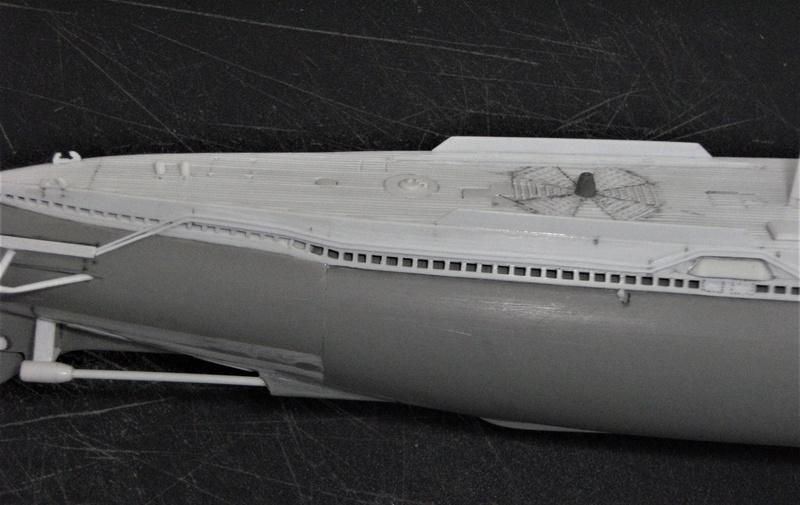 Sous-marin porte-avions japonais I-400 échelle 1/200° - Page 2 174_i-10