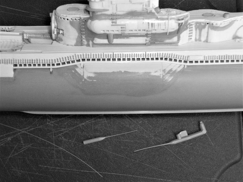 Sous-marin porte-avions japonais I-400 échelle 1/200° - Page 2 176_i-10