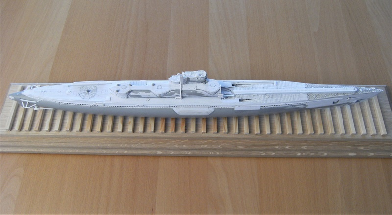 Sous-marin porte-avions japonais I-400 échelle 1/200° - Page 2 179_i-10