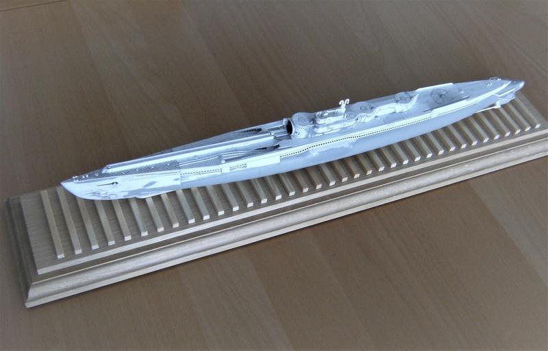 Sous-marin porte-avions japonais I-400 échelle 1/200° - Page 2 181_i-10
