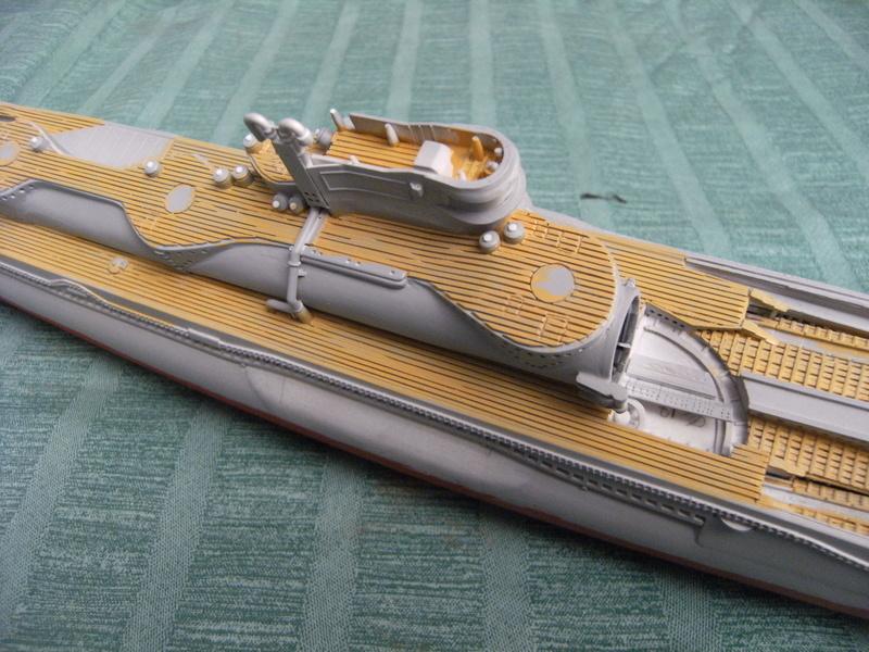 Sous-marin porte-avions japonais I-400 échelle 1/200° - Page 3 205_i-10