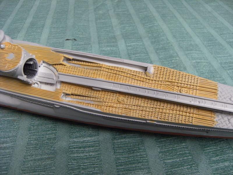Sous-marin porte-avions japonais I-400 échelle 1/200° - Page 3 206_i-10
