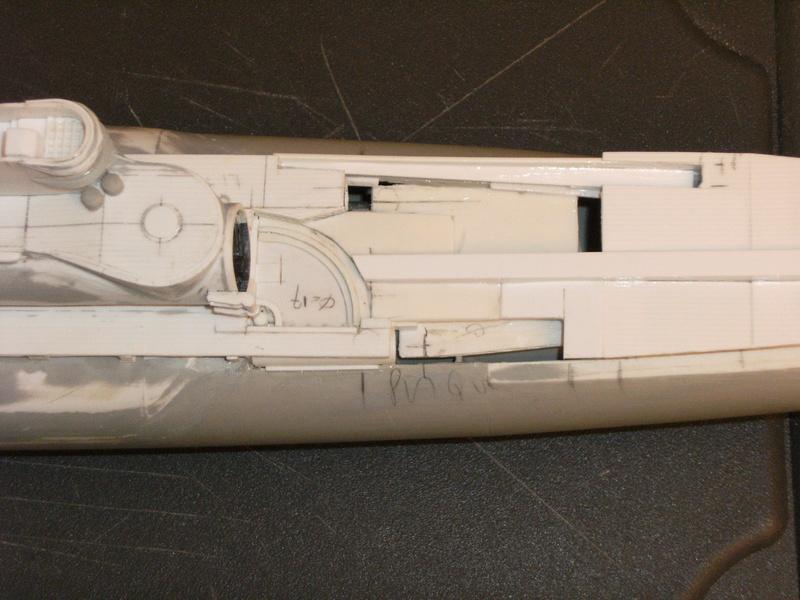 Sous-marin porte-avions japonais I-400 échelle 1/200° - Page 2 91_i-410